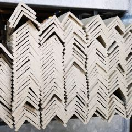 +/- 200 Hoekafwerklijsten Ivoor 220 cm